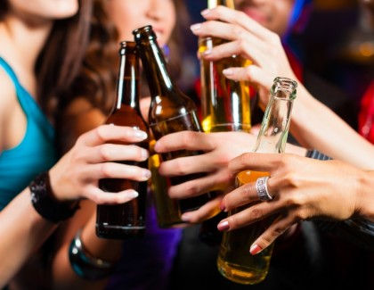 Séduction et boissons alcooliques : l'alcool aurait-il un impact sur la beauté ?