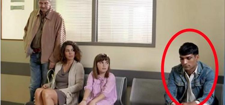 Ils ne voulaient pas que leur fille s'assoie à coté de cet homme. Ce qui arrive après est incroyable