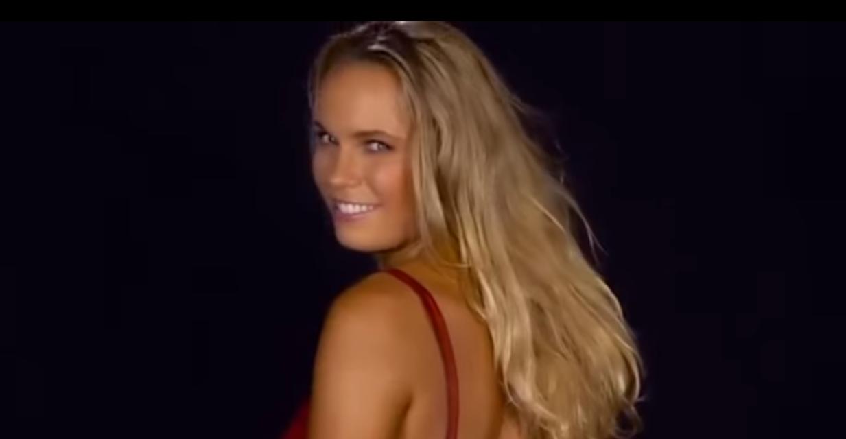 Le bodypainting de Caroline Wozniacki