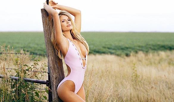 Marisa Miller est sexy ! (PHOTOS)