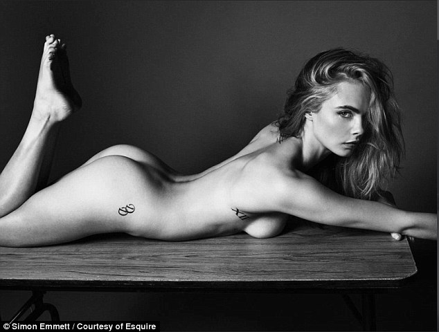PHOTO – Cara Delevingne pose totalement nue !