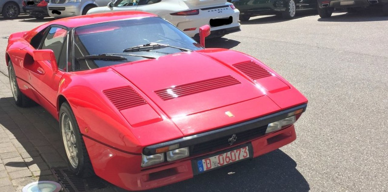 Il essaie une Ferrari… et la vole !